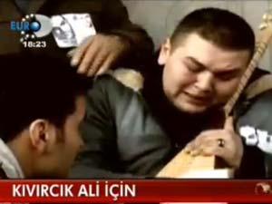 Kıvırcık Ali'nin oğlu Eren'in feryadı (video)
