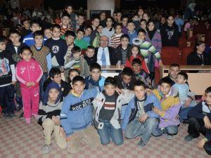 Çiğli'de Film Şenliğine Büyük İlgi