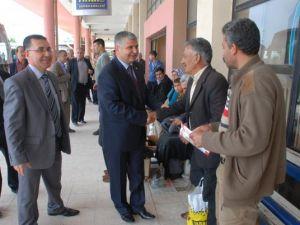 MHP Adana Milletvekili Adayı Seyfettin Yılmaz Otogar Esnafı'nı Dinledi