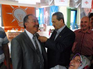 Üzümlü Belediye Başkanı Aslan ve Meclis Üyeleri Ak Parti'ye Geçti