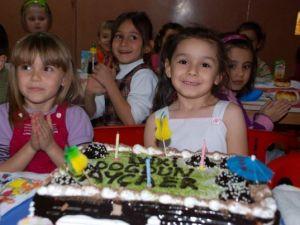 Okulda Doğum Günü Partisi