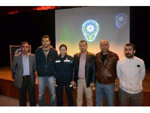 Datça Polisinden Öğrencilere Terör Konferansı