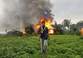 Myanmar'da Müslümanlar Katlediliyor