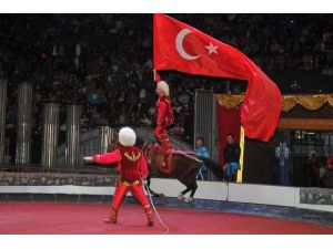 Büyük Ankara Sirki'ne Ücretsiz Otobüs Seferleri