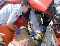 İzmir'de Trafik Kazası: 1 Ölü - İzmir