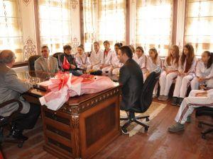 Mustafa Reşit Paşa İlköğretim Okulundan Başkan İçaya Ziyaret