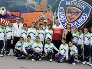Mimar Sinan Ortaokulu Kız Futbol Takımı Kuruldu