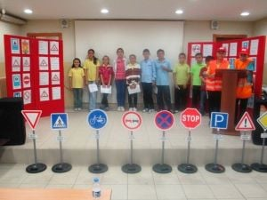 Saltukova Gazi Ortaokulu Trafik Haftasını Kutladı