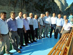 Ak Partili İlçe Belediye Başkanları Vezirköprüde
