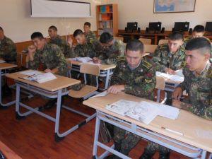 Kırgızistan Silahlı Kuvvetleri Askeri Enstitüsüne Malzeme Desteği Verildi