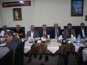MHP Yeni Yönetimi ile Belediye Başkan Aday Adayları Yemekte Buluştu