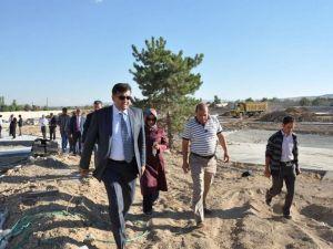 Meramda 80 Binde Devr-İ Alem Parkı Tamamlanıyor
