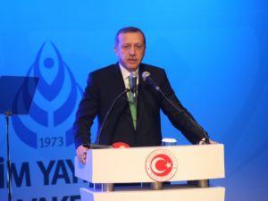 Başbakan Erdoğan, İlim Yayma Vakfının 40. Yıl Programına Katıldı