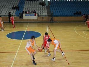Kulüpler Basketbol Müsabakaları Başladı