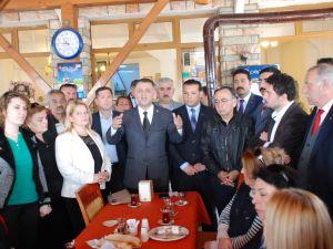 MHP Didim Belediye Başkan Adayı ve Meclis Üyesi Adayları Basınla Bir Araya Geldi