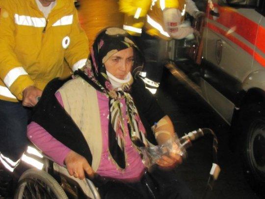 Düğüne Giden Minibüs Devrildi: 13 Yaralı - Çorum