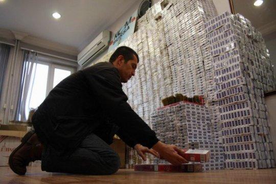Kaçak Sigara Alana Cinsel Uyarıcı Hap Hediye - Bursa