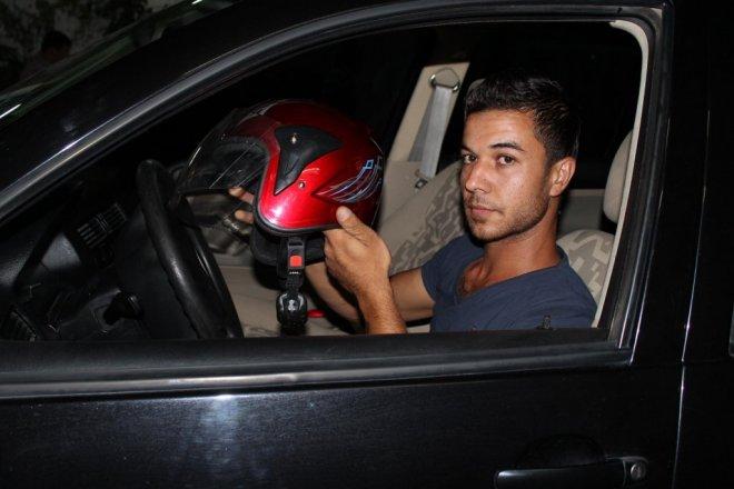 Otomobil Sürücüsüne Kasksızlık Cezası