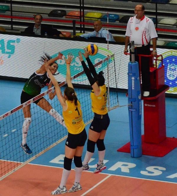 Cengiz Göllü Voleybol Turnuvası Bursa Büyükşehir Belediyespor- Maritza: 3-1