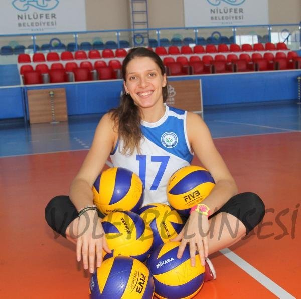 Nilüfer Belediyespor Ruseva'yı Transfer Etti
