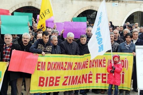 Şanlıurfa'da Açık Havada Kürtçe Dersi