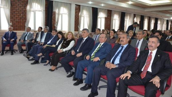 Harran Üniversitesi Rektörünü Seçiyor