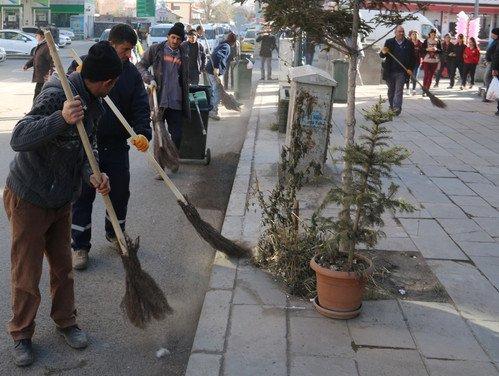 Kars'ta Temizlik Çalışmalarına Hız Verildi