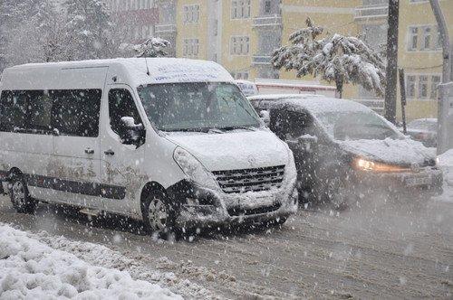 Muş'a Lapa Lapa Kar Yağdı