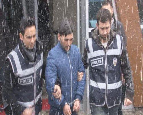 Bıçaklanan CHP'li Vekilin Eşi Ameliyattan Çıktı, Yoğun Bakıma Alındı