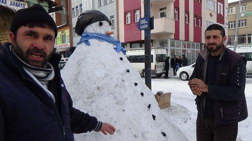 Kars'ın Uzun Ömürlü Kardan Adamları !