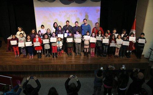 Karşıyaka Belediyesi Çocuk Kulübü'nde Sertifika Heyecanı