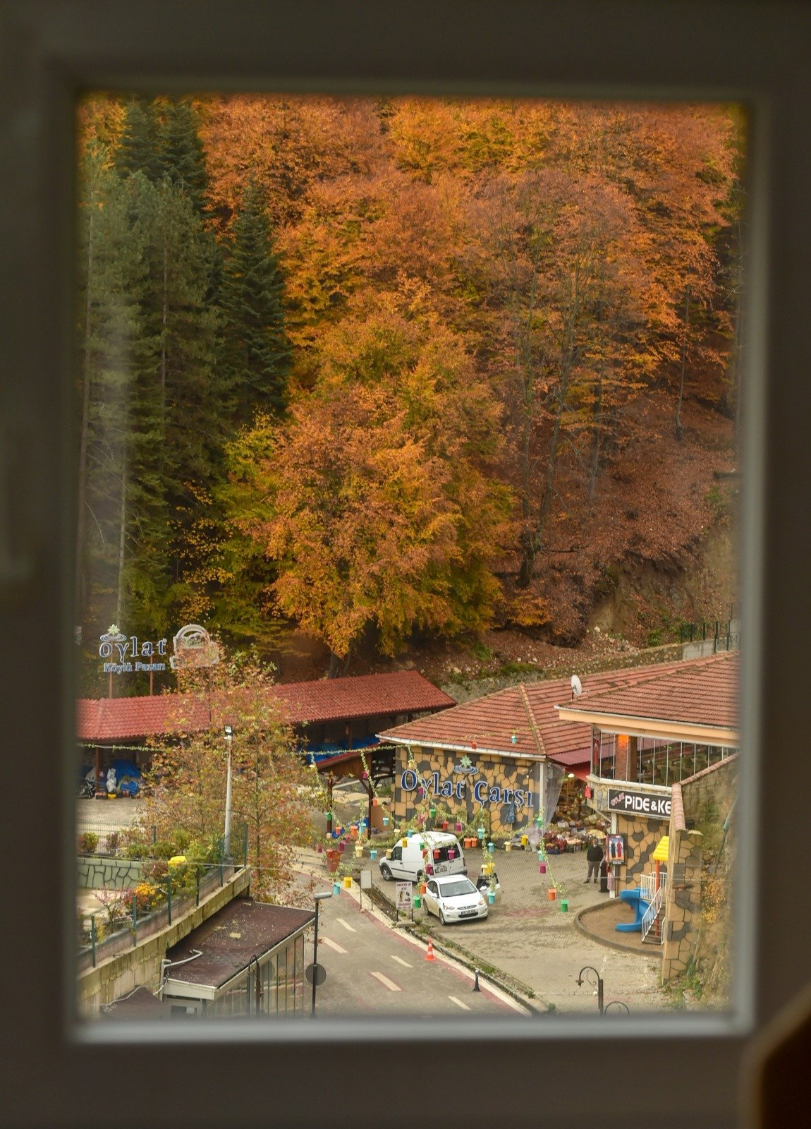 turizm-cenneti-oylatta-sonbahar-guzelligi-013.jpg
