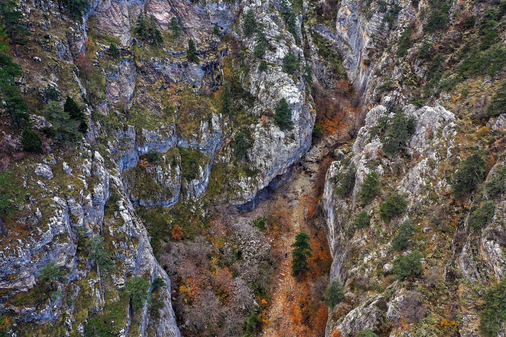 isparta-aksu-yaka-kanyonu-001.jpg