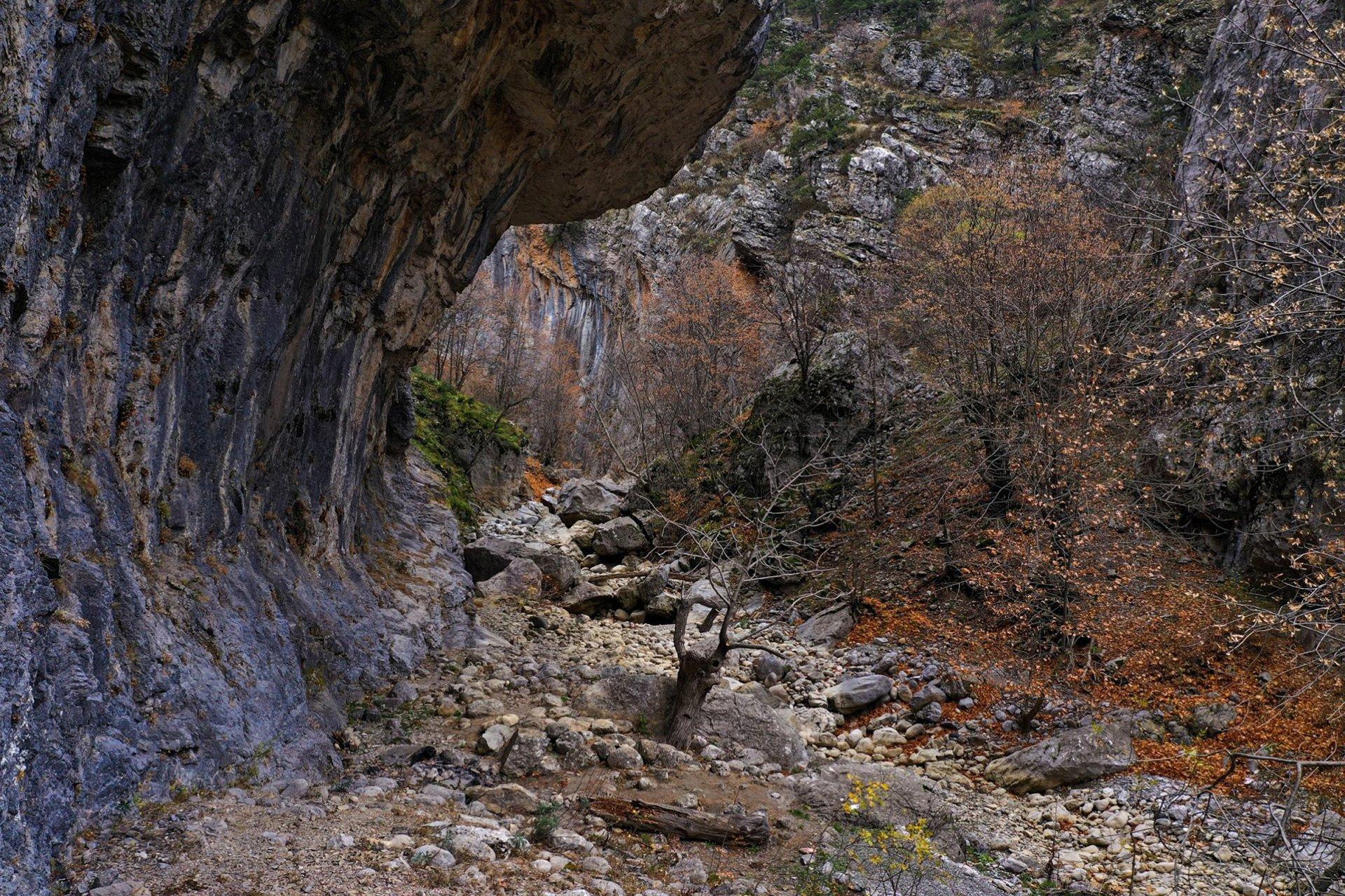isparta-aksu-yaka-kanyonu-008.jpg