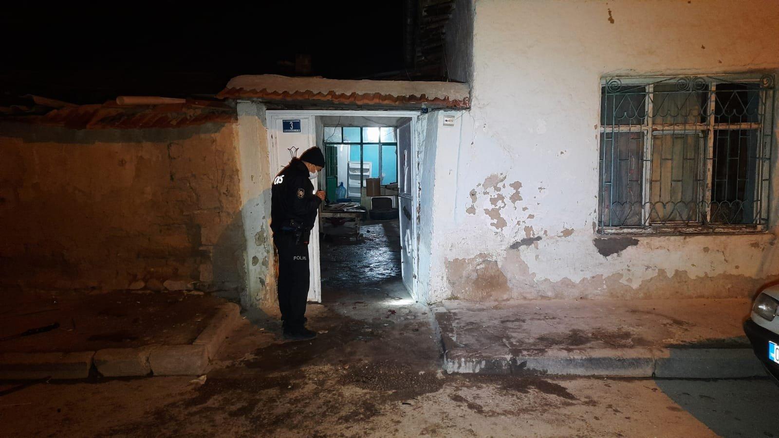 Konya'da damat şiddeti, kayınbiraderlerini ve kayınpederini silahla vurdu