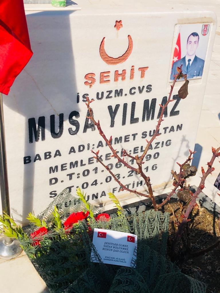 Korgeneral Osman Erbaş, şehit olmadan saatler önce şehit mezarını ziyaret etmiş