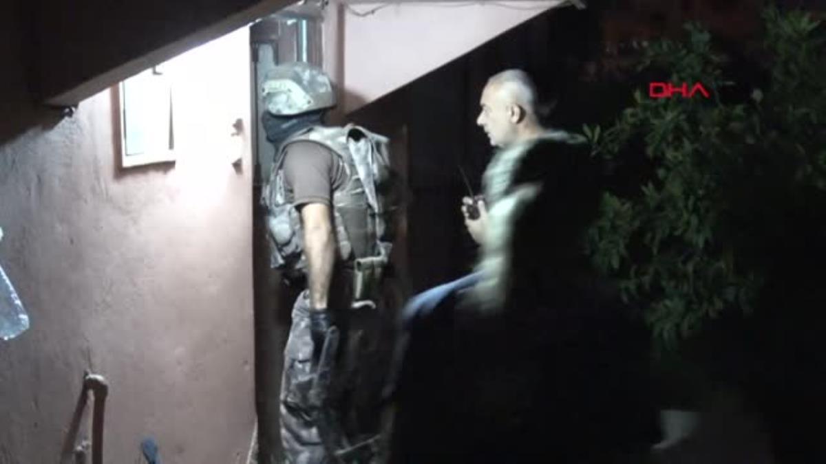 istanbul-da-teror-operasyonu-besiktas-ve-kagi-14004926-amp.jpg